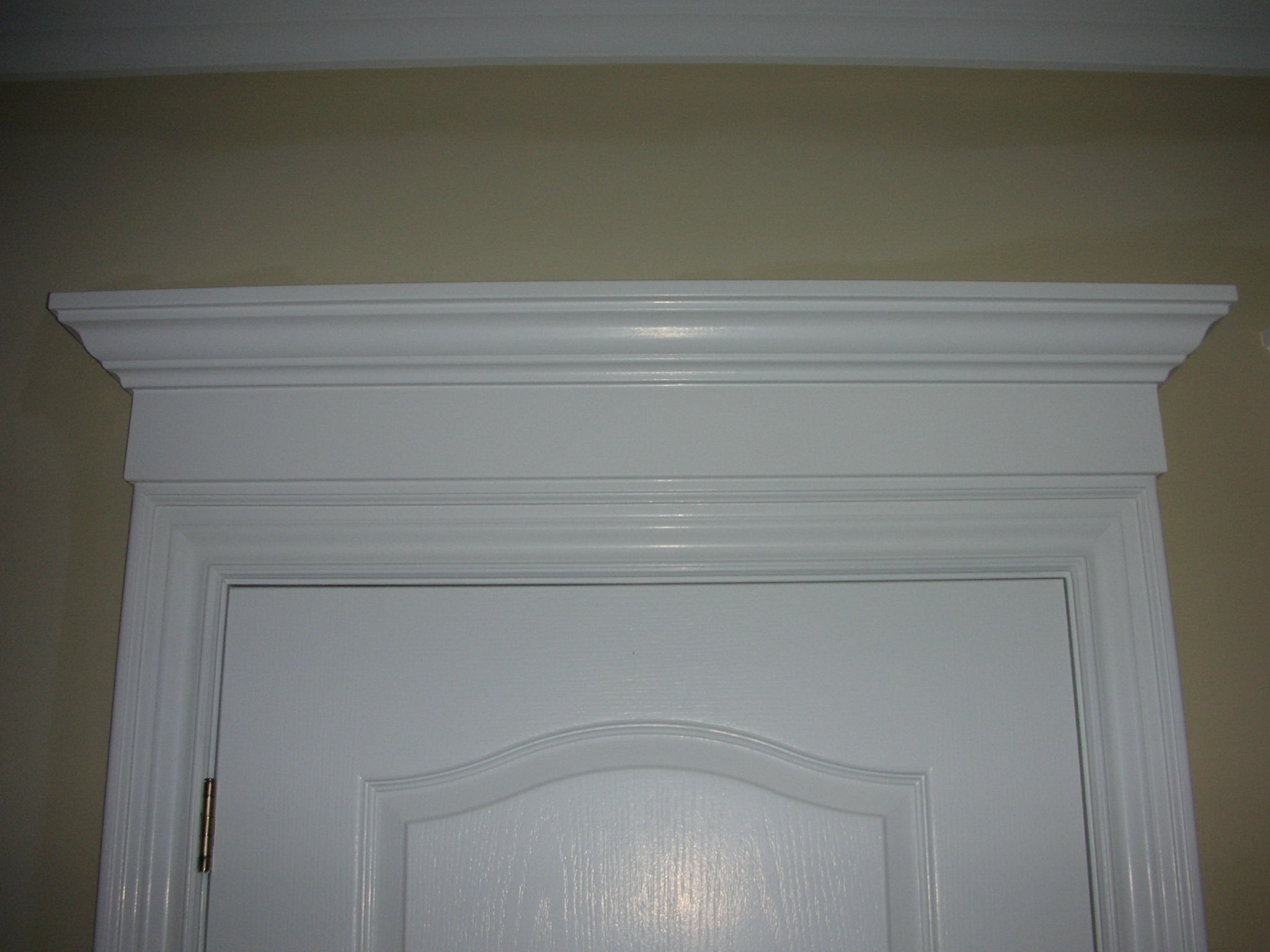 Portfolio 2 columns bbg carpentry inc for Door moulding